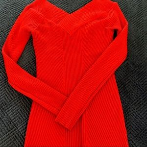 💜 Red V Neck sweater